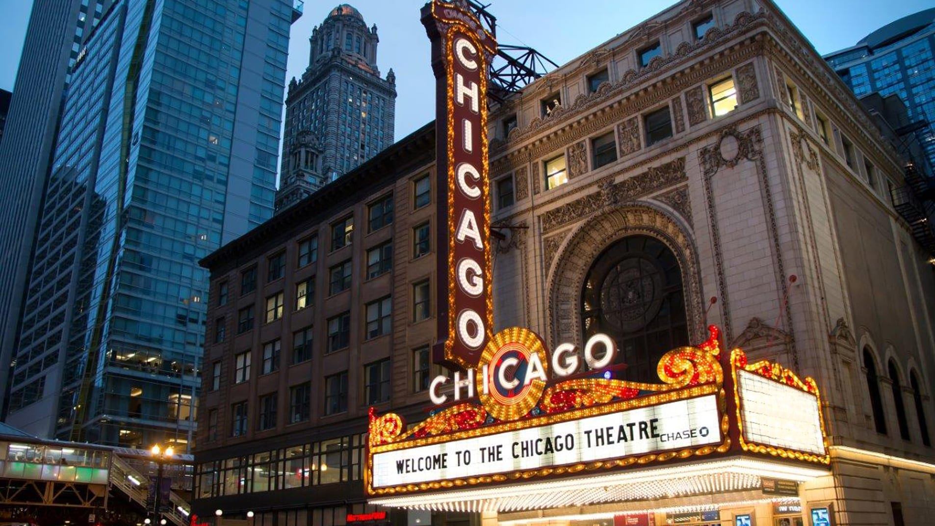 Chicago Theatre Auditorium Rental